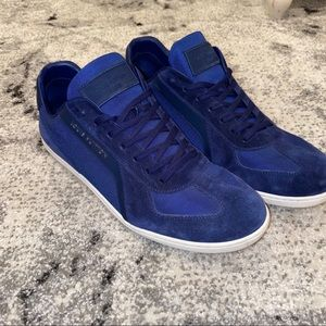 Louis Vuitton Men sneakers